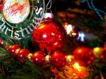 Ornamente pe brad